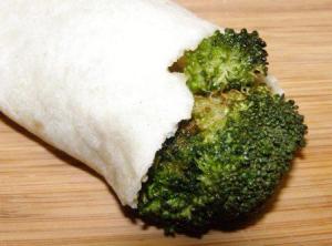 broccoli stuffed tortilla